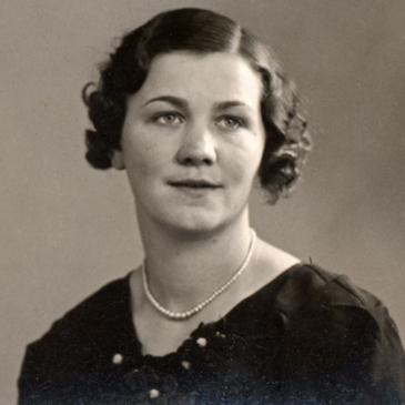 Greta Persson, född Elgstrand