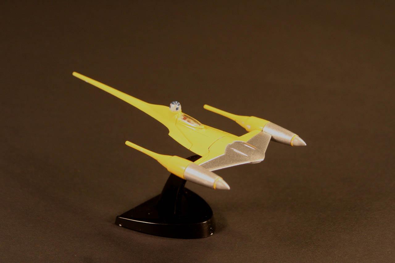 GB 25: Naboo Starfighter