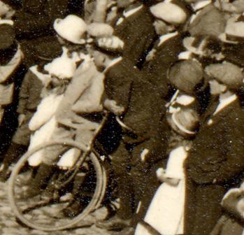 Pojke med cykel