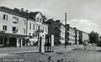 Del av vykort - bensinstation mittemot lasarettet i Ängelholm