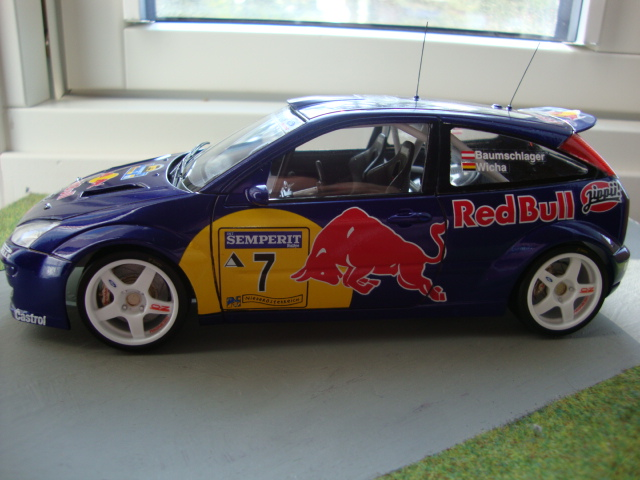 GB 16: Ford Focus Red Bull