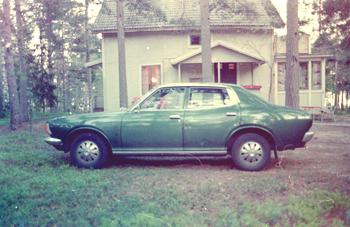 En grön Datsun 180B