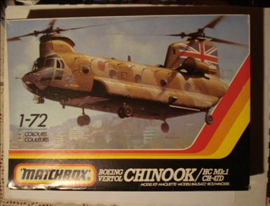 BV Chinook_Matchbox PK-413_02.jpg