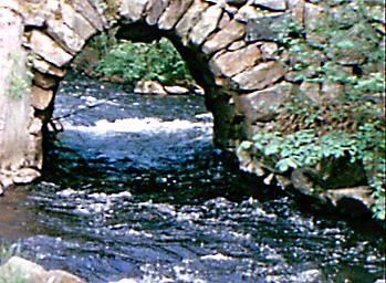 Bron över Rössjöholmsån