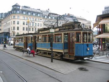 Bilden: Spårvägssällskapets spårvagn på Norrmalmstorg i Stockholm