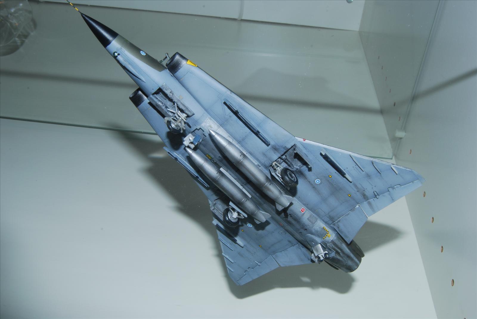 GB 17: Saab J35S Draken