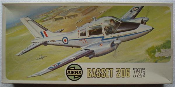 Beagle Bassett_Airfix 02025_01b.jpg