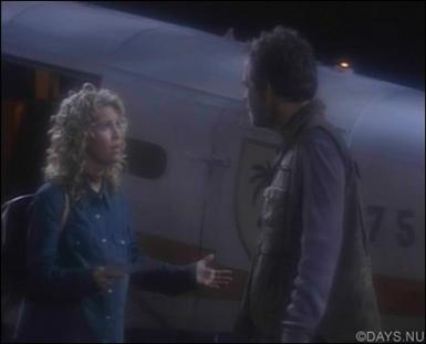 Jennifer har problem med att lita på piloten.jpg
