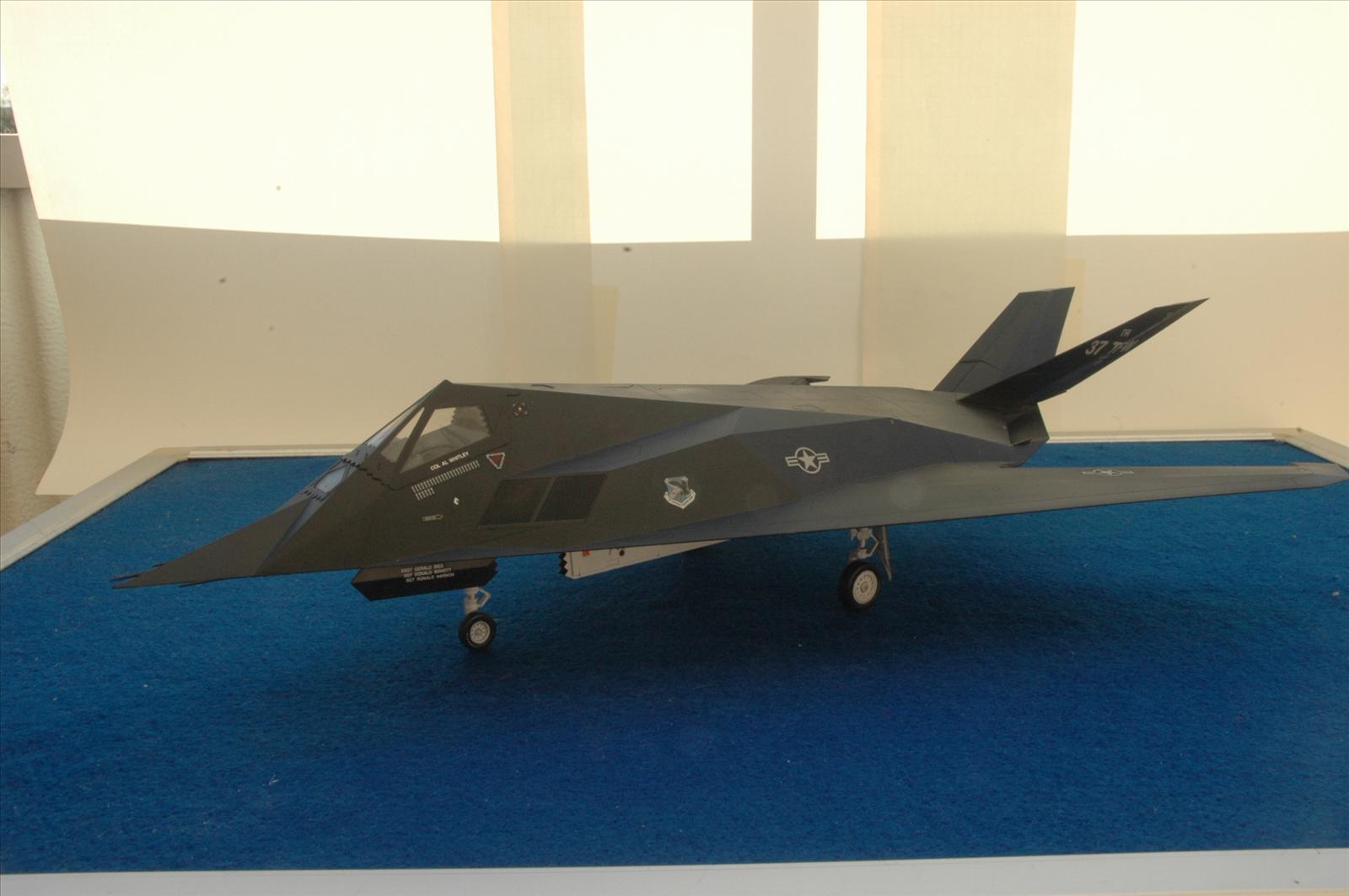 GB#8 F117 Nighthawk Tamiya 1/48