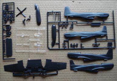 NA F-82G Twin Mustang_Monogram 7501_02c_2000.jpg