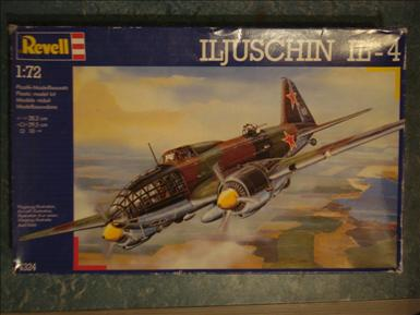 Ilyushin Il-4_Revell 4324_002.jpg