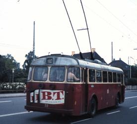 Bilden: Trådbuss i Köpenhamn bakifrån