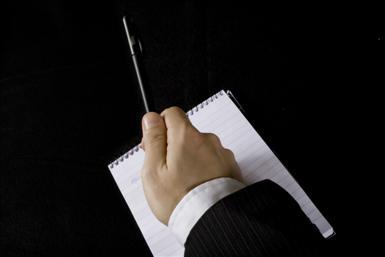 hand-pekar-penna.jpg