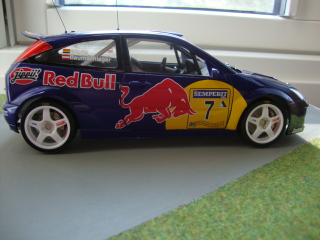 GB 16 Ford Focus Red Bull